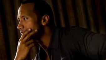 Filme novo de Dwayne Johnson, The Rock (foto), pode ganhar diretor em breve.
