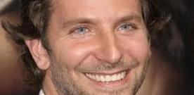 Bradley Cooper (foto) e o elenco começam a filmar o 3o.Se Beber Não Case.