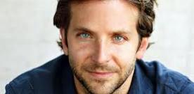 Bradley Cooper (foto) e a turma de Se Beber Não Case 3 continuam as filmagens, agora no Arizona.