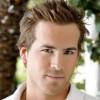 Ryan Reynolds (foto) negocia  participação em um suspense.
