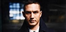 Tom Hardy (foto) o vilão Baine de Batman, vai ser o astro de um filme produzido por Leonardo Di Caprio e Tobey Maguire.