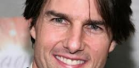 Tom Cruise (foto) vai interpretar personagem que volta no tempo.