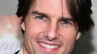 Tom Cruise (foto) vai interpretar personagem que volta no tempo.