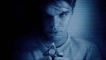[ vídeo ] Entrevista exclusiva: o elenco de Atividade Paranormal, Marcados Pelo Mal.Os atores, todos novatos, venceram uma série secreta de testes para ganhar os papéis no filme novo da franquia.