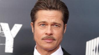 [ vídeo ] Corações De Ferro, filme novo de Brad Pitt, homenageou osveteranos da 2a Guerra na estréia na capital americana.