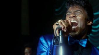 vídeo ] Chadwick Boseman (foto) conquista os críticos no papel da lenda música James Brown.